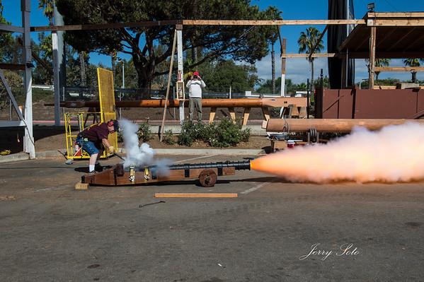 San Salvador October 16, 2014 The Gun Test